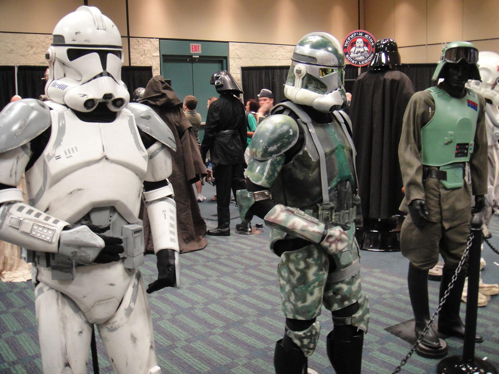 FileStar Wars Celebration V   501st room   clone trooper costumes 1600x1200