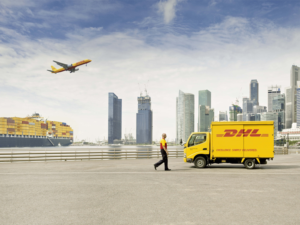The Range is at home with DHL 1024x768