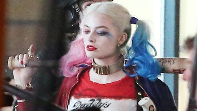 Margot Robbie 650x366