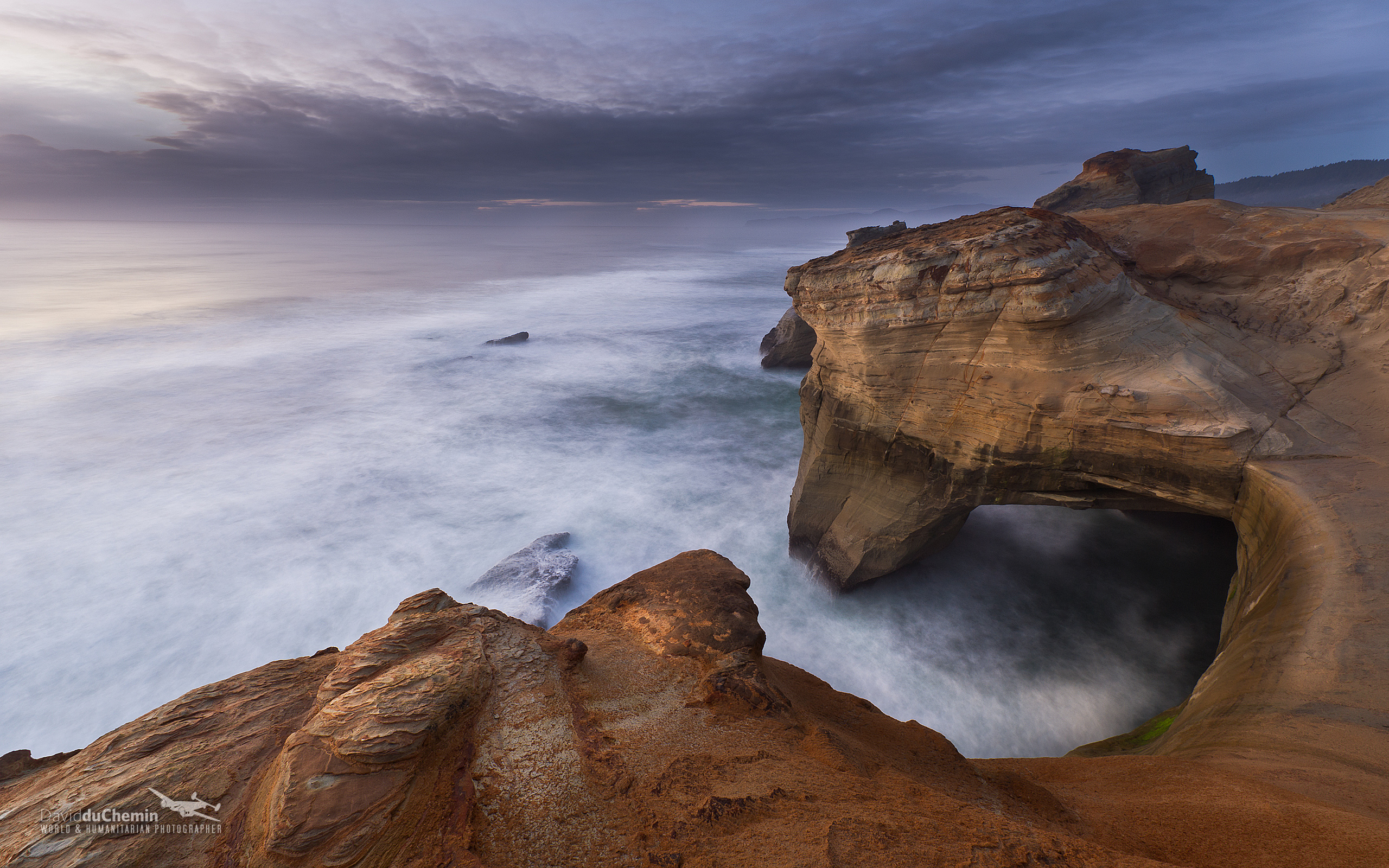 Photographer Nomad Author September Desktop Wallpaper 2560x1600