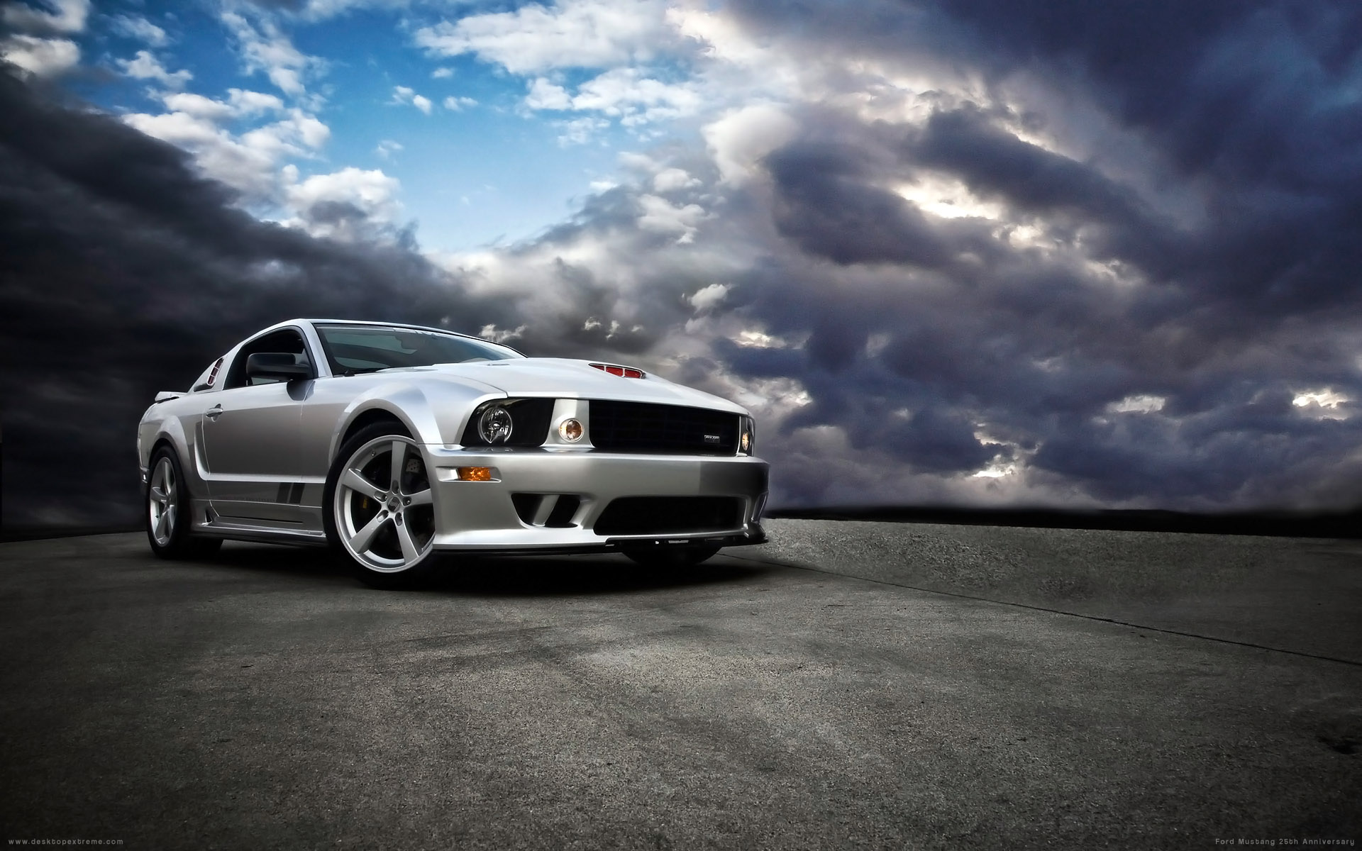 desktopextremecomphotosFord Mustang 25th Anniversary Widescreen 1920x1200
