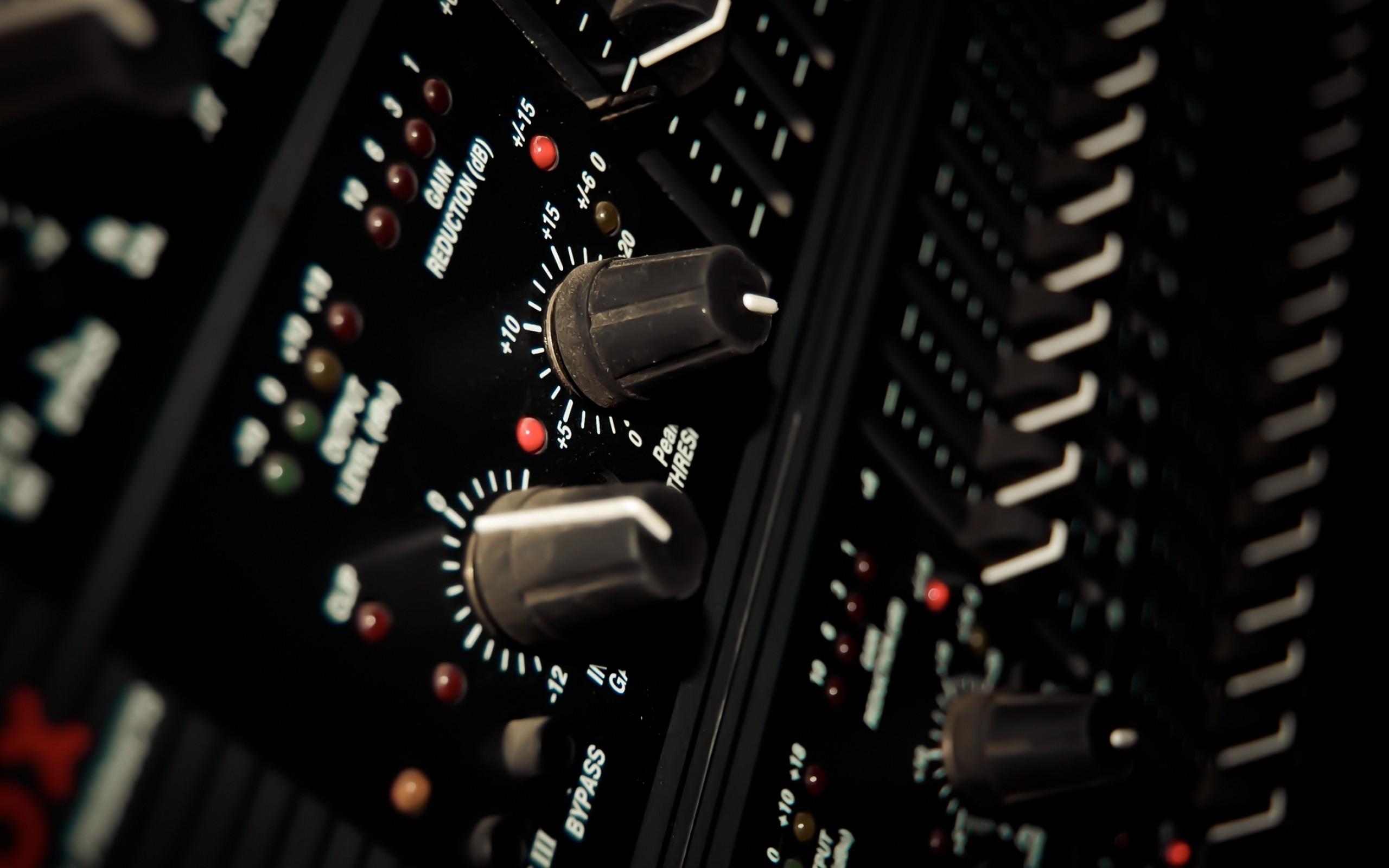 Music Studio Wallpaper 2560x1600 Music Studio Mixers 2560x1600