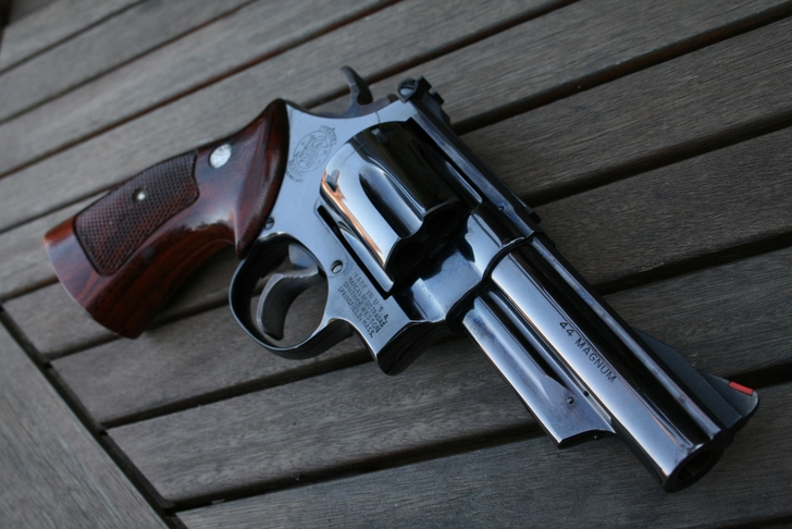 weapons smith and wesson 2816x1880 wallpaper High Resolution Wallpaper 728x486