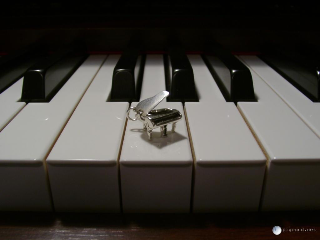 grand piano wallpaper - photo #35