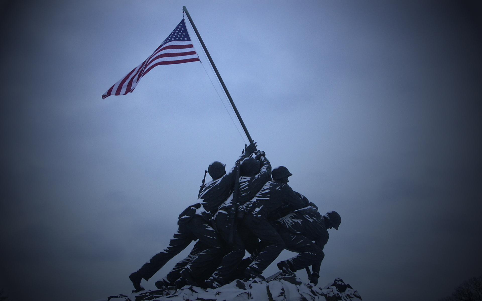18 <b>Photos</b> of Historic <b>Iwo Jima</b> Attack