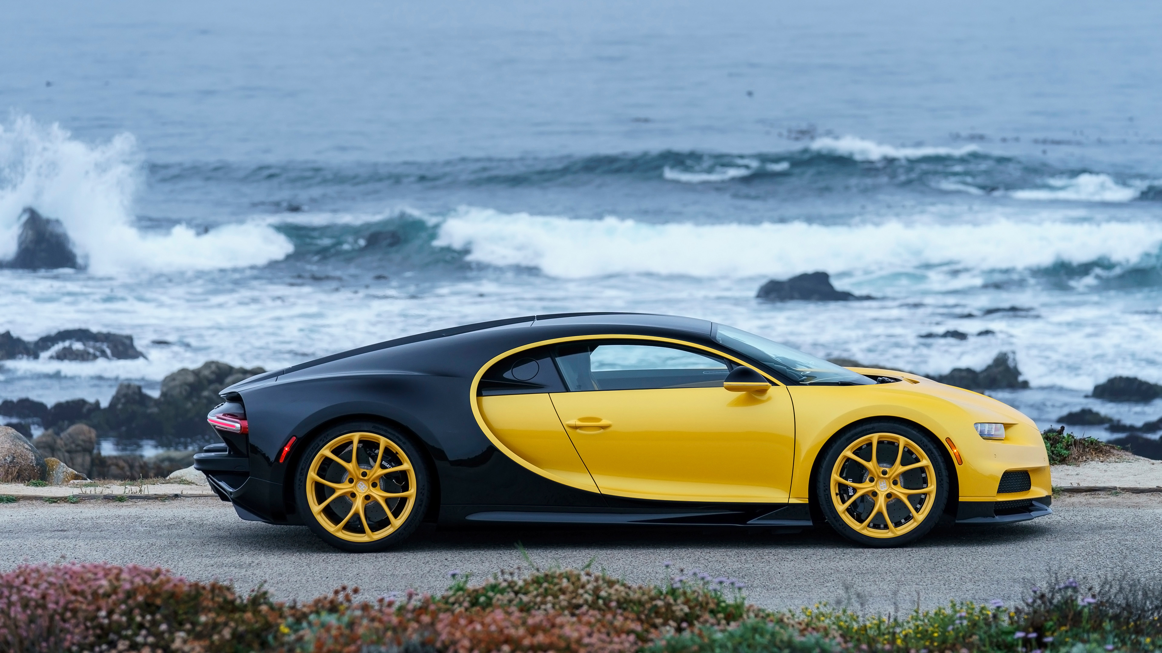 Free Download 2018 Bugatti Chiron Yellow And Black 4k 3 Wallpaper Hd 3840x2160 For Your Desktop Mobile Tablet Explore 79 Bugatti Chiron 2018 Wallpapers Bugatti Chiron 2018 Wallpapers Bugatti Wallpaper Bugatti Wallpapers
