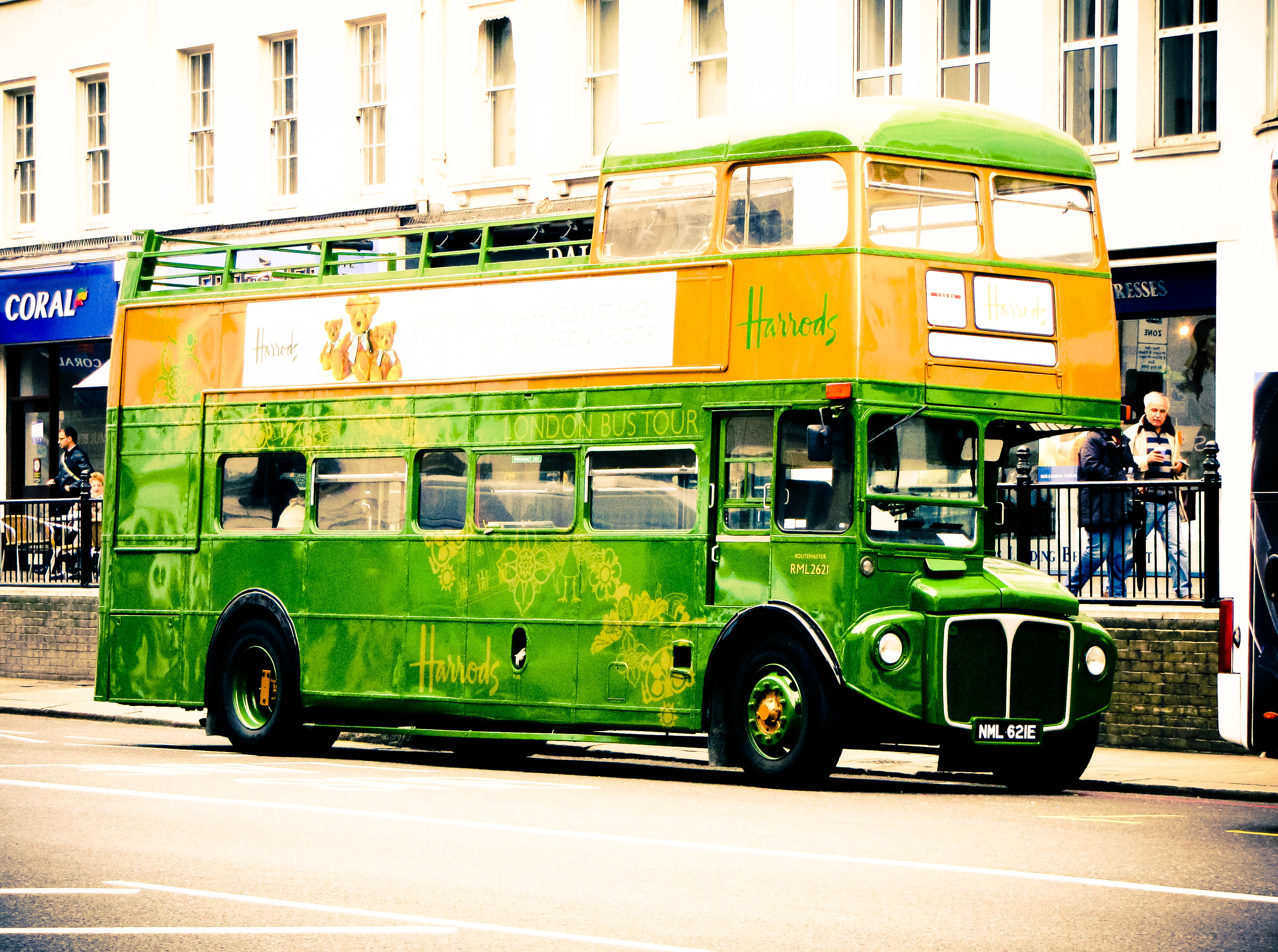 London green bus wallpaper   ForWallpapercom 3616x2694