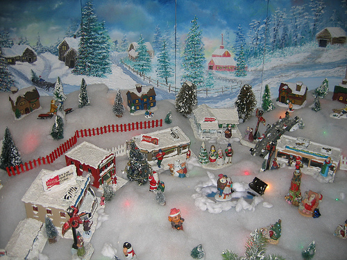 christmas village background 003 Flickr   Photo Sharing 500x375