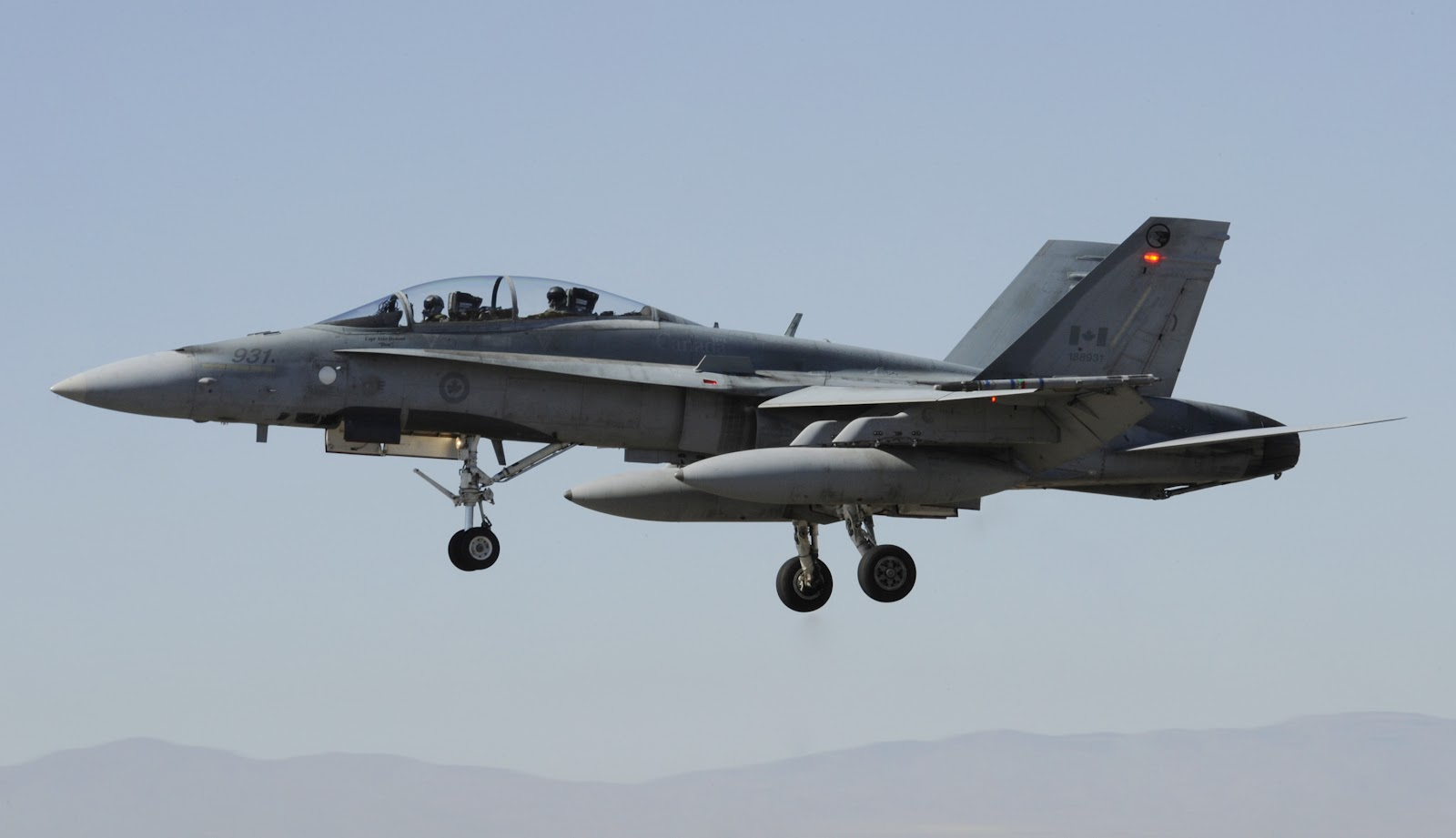 Douglas F18 Hornet Canadian Air Force Aircraft Wallpaper 2736 1600x921