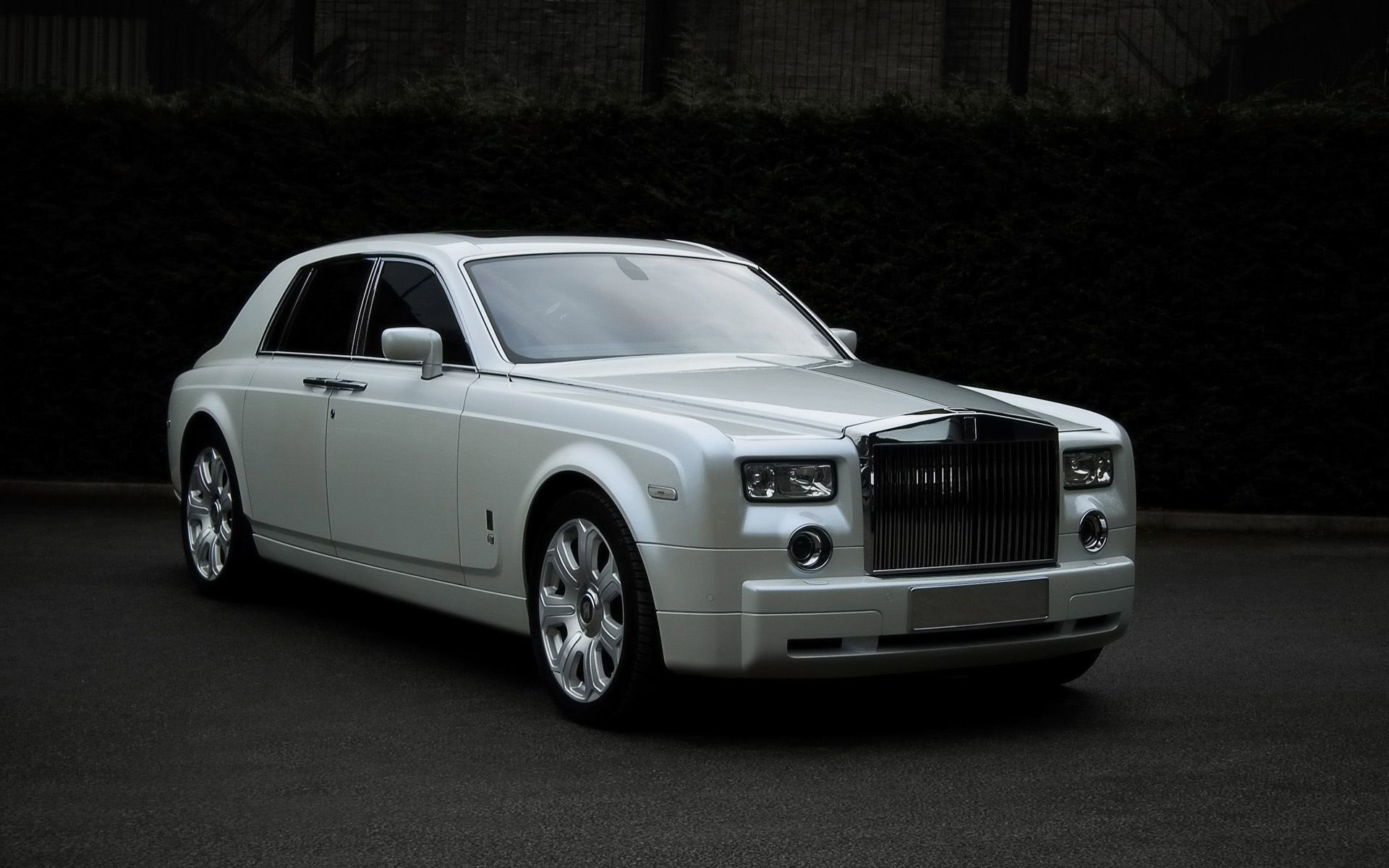 Rolls Royce Phantom Wallpaper 17172