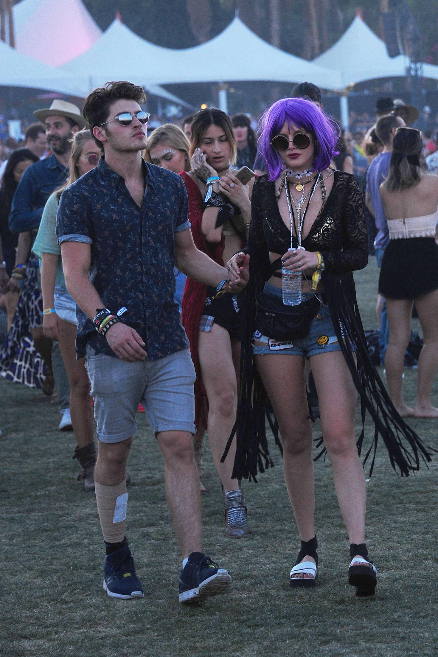 Bella Thorne Coachella Music Festival 2016 day 3  14 1470x2205