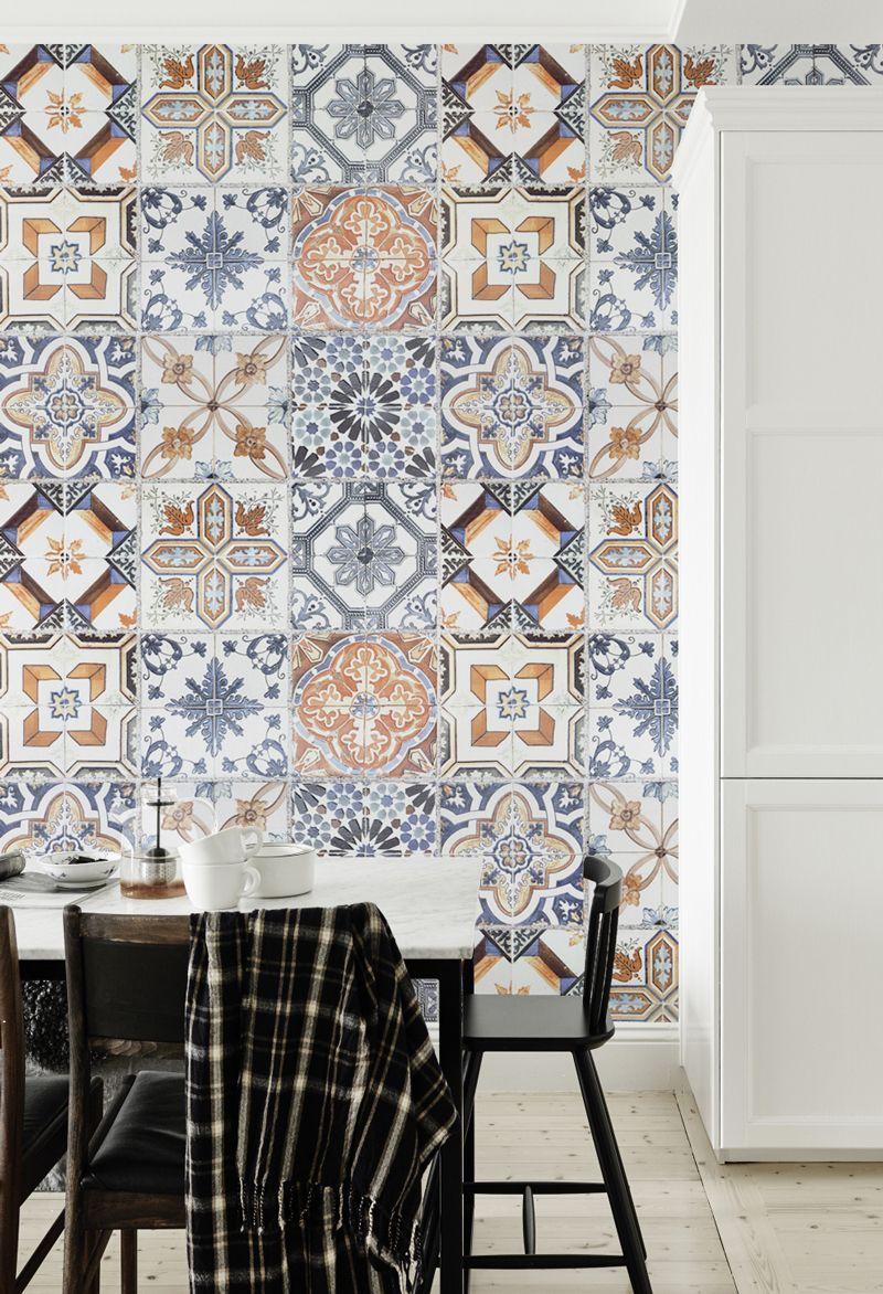 Multicoloured Portuguese Tile Effect Wallpaper Salle de bain in 800x1172