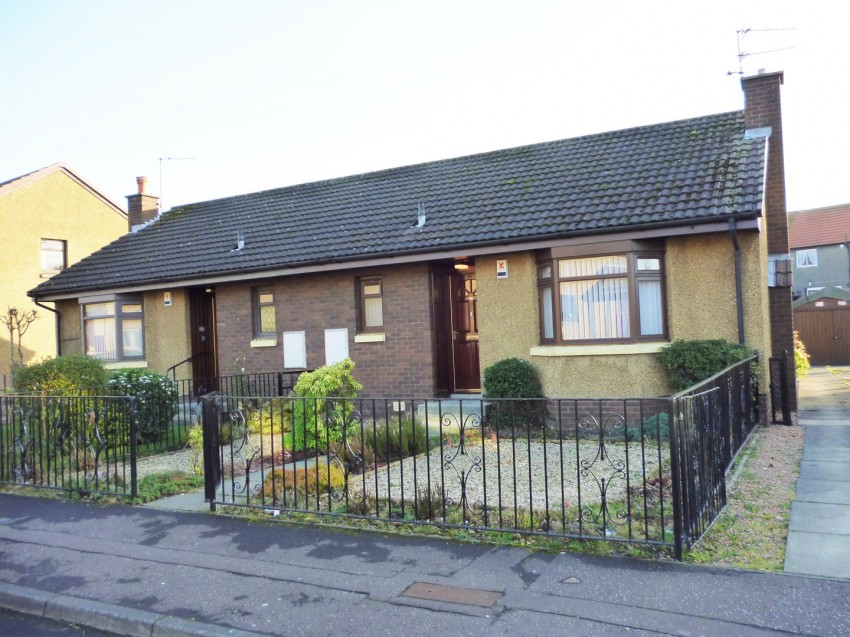 Veronica Crescent KIRKCALDY Fife 1 bedroom Semi Detached Bungalow 850x637