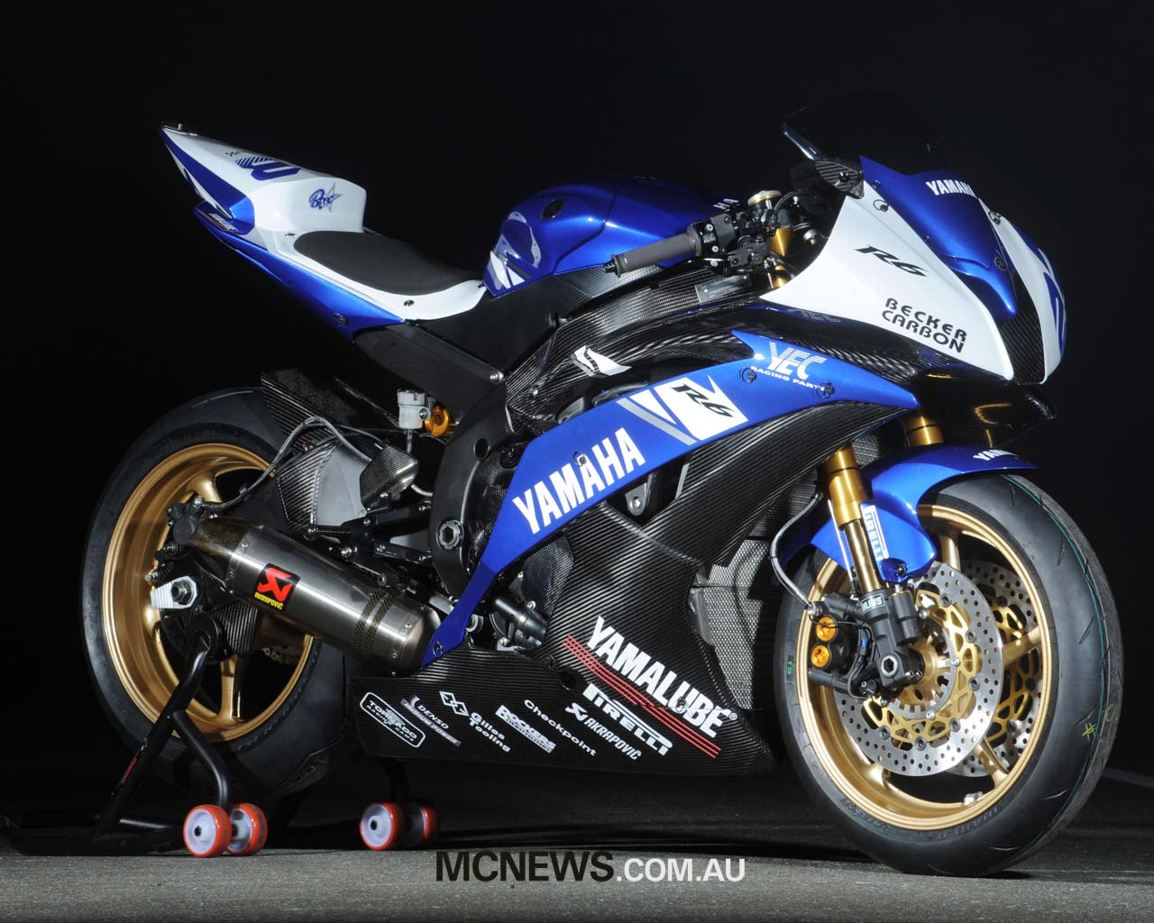 Yamaha R6 Wallpaper 16897 Hd Wallpapers in Bikes   Imagescicom 1280x1024