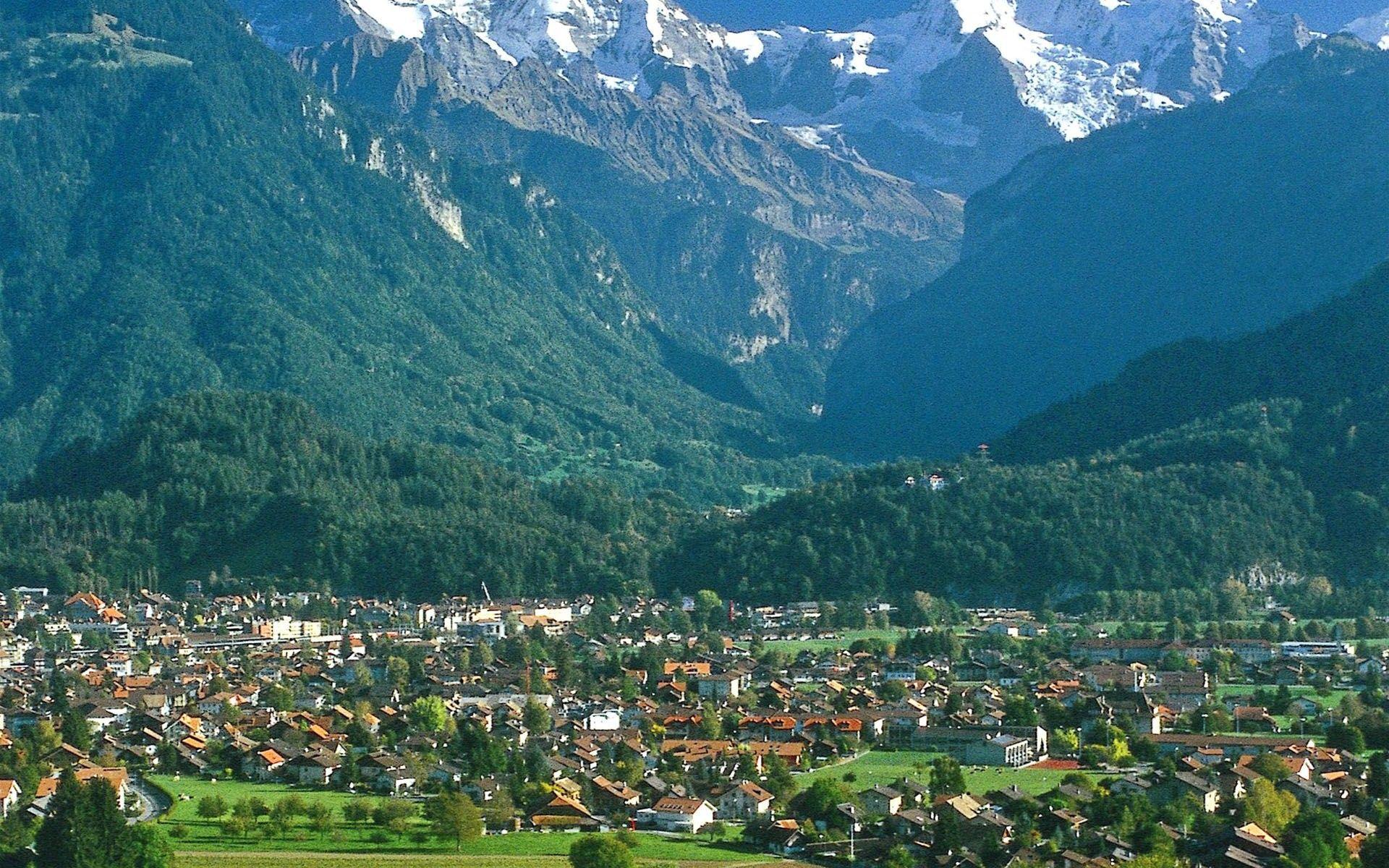 Interlaken Bernese Oberland Switzerland HD Wallpapers Travel 1920x1200