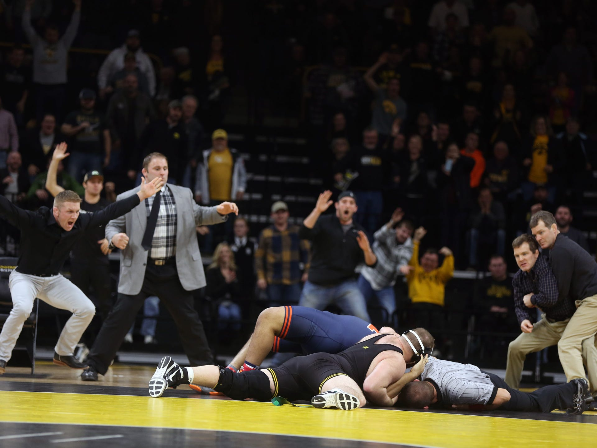Photos Iowa vs Illinois wrestling 1920x1440