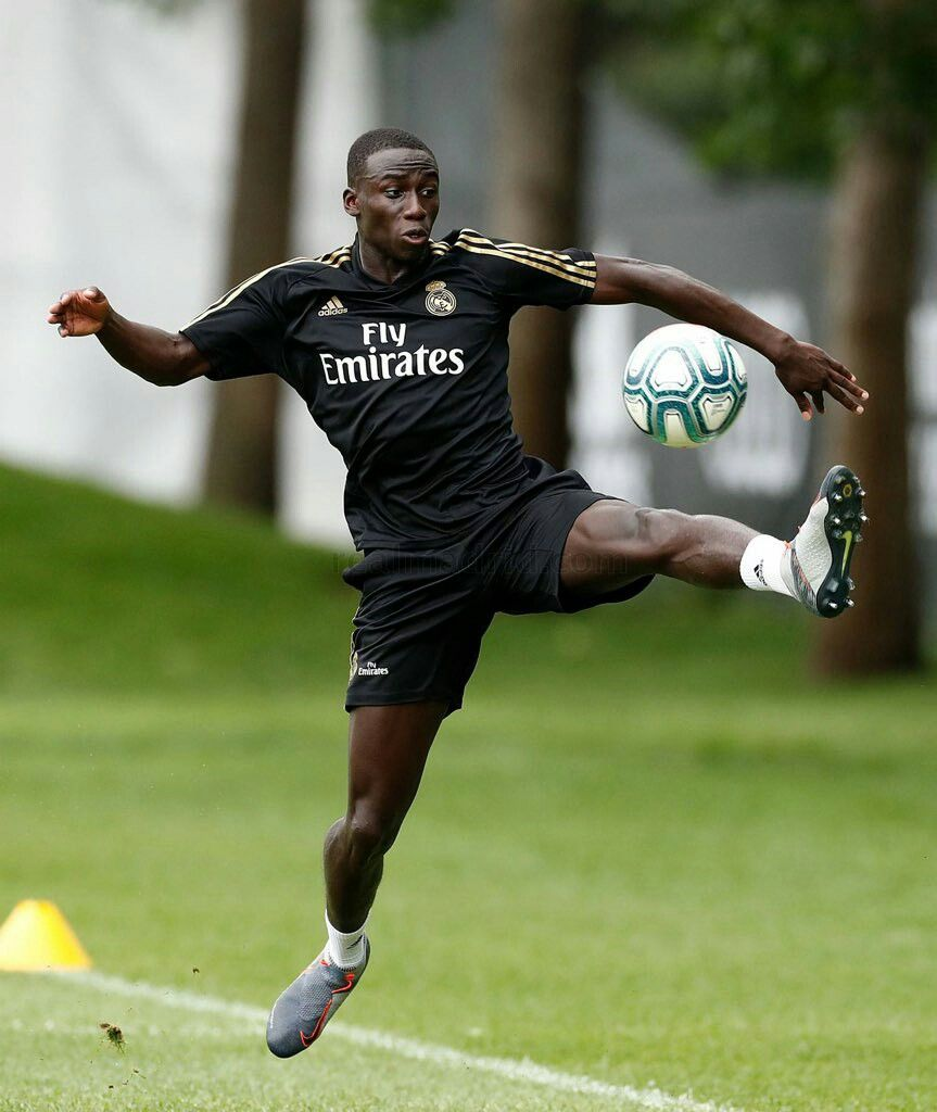 Ferland mendy Jugadores del real madrid Real madrid Ftbol 863x1024
