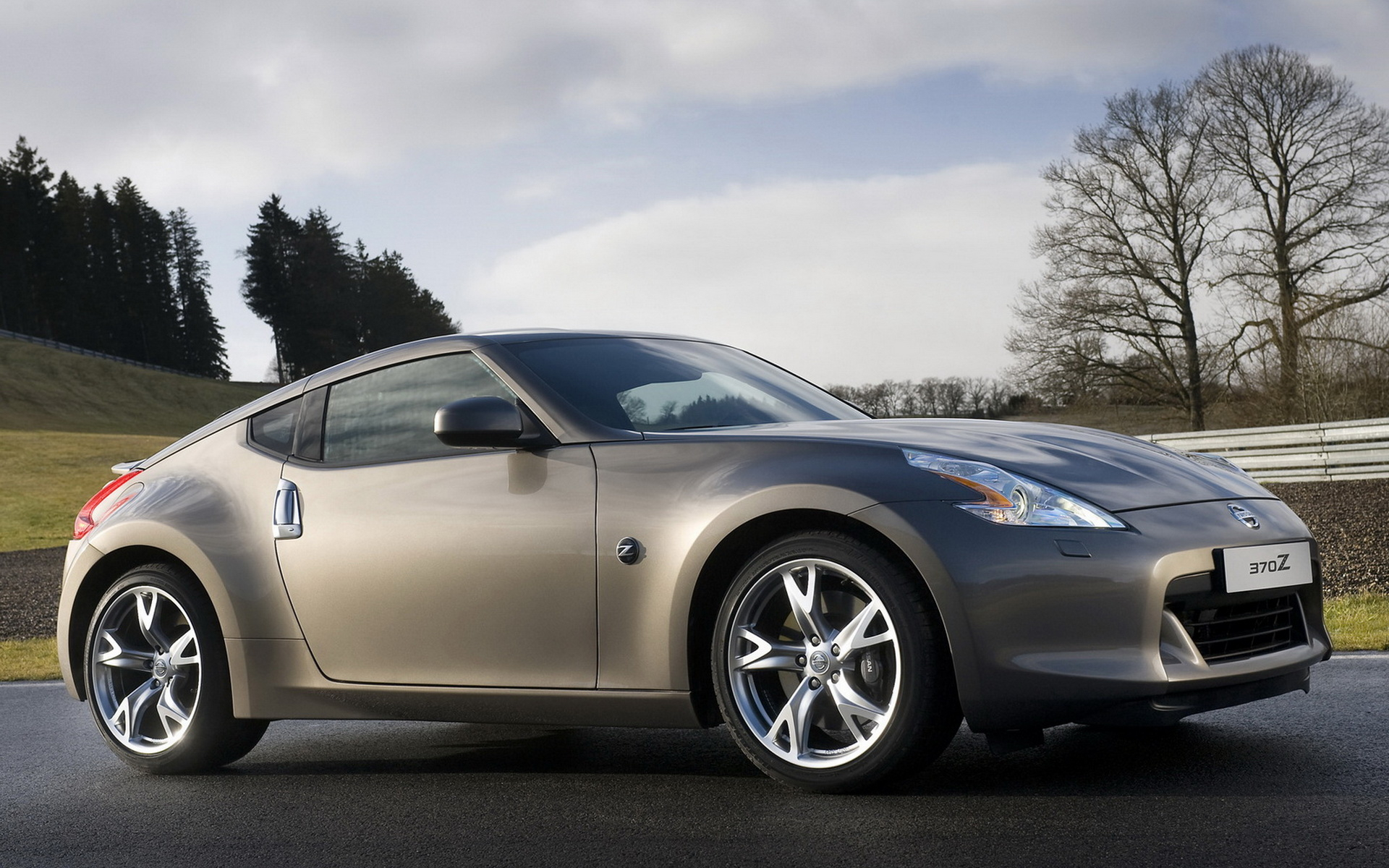 New Nissan 370z wallpapers and images   wallpapers pictures photos 1920x1200