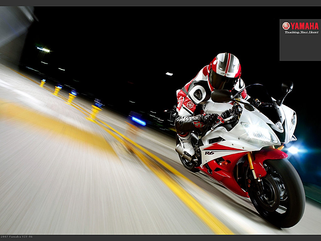 AUTOMOTIVE WALLPAPER Yamaha YZF R6 Wallpaper 1024x768