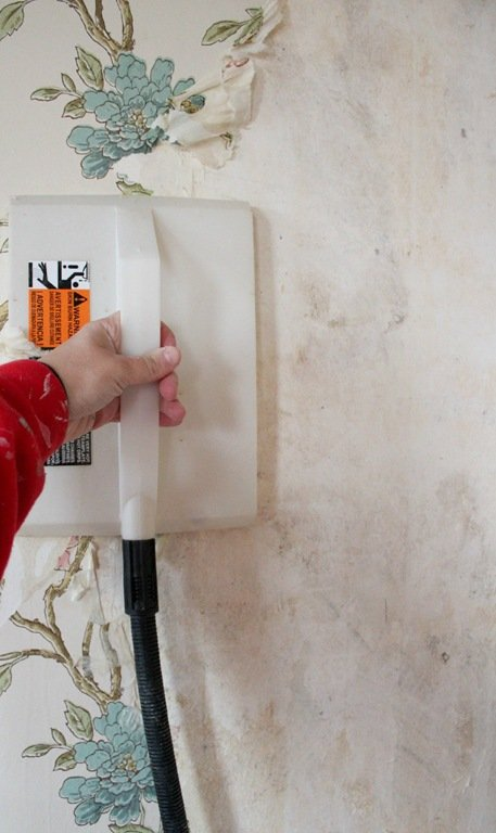 Tips for removing wallpaper from plaster walls without chemicals 457x768