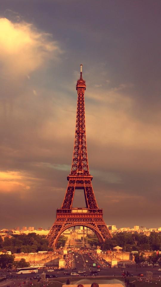49 Eiffel Tower Wallpaper For Iphone On Wallpapersafari