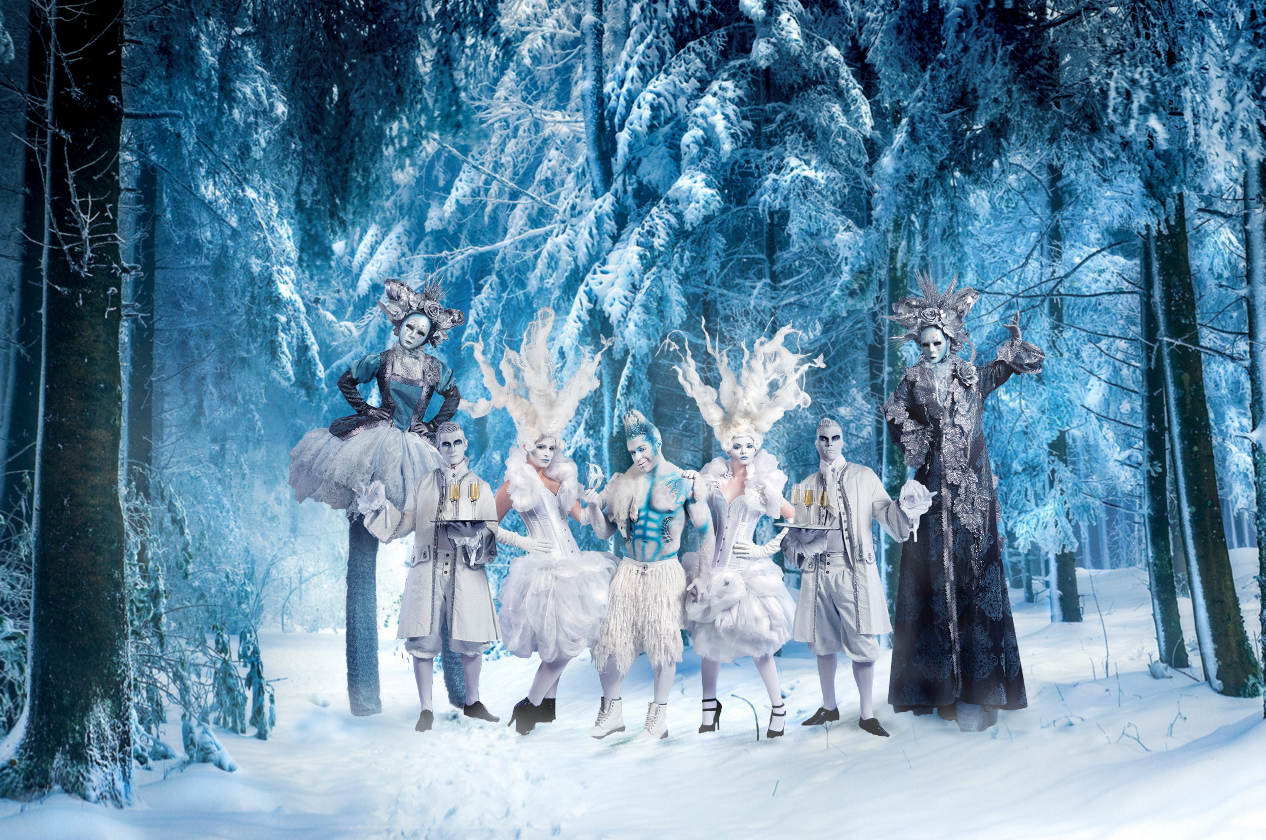 Winter Wonderland Christmas Entertainment by Neil Hughes Productions 2499x1658