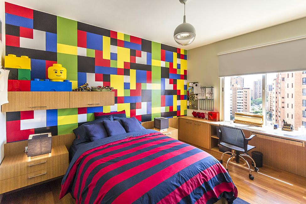 Lego bedroom 975x650