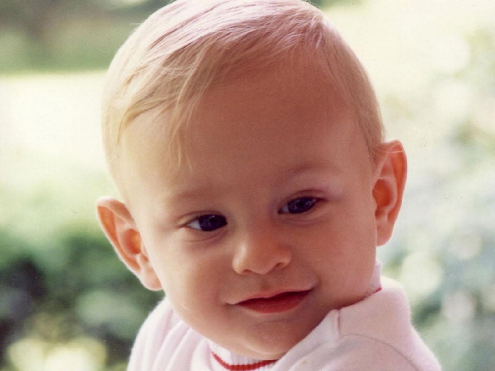 smiling cute babies wallpaper - wallpapersafari