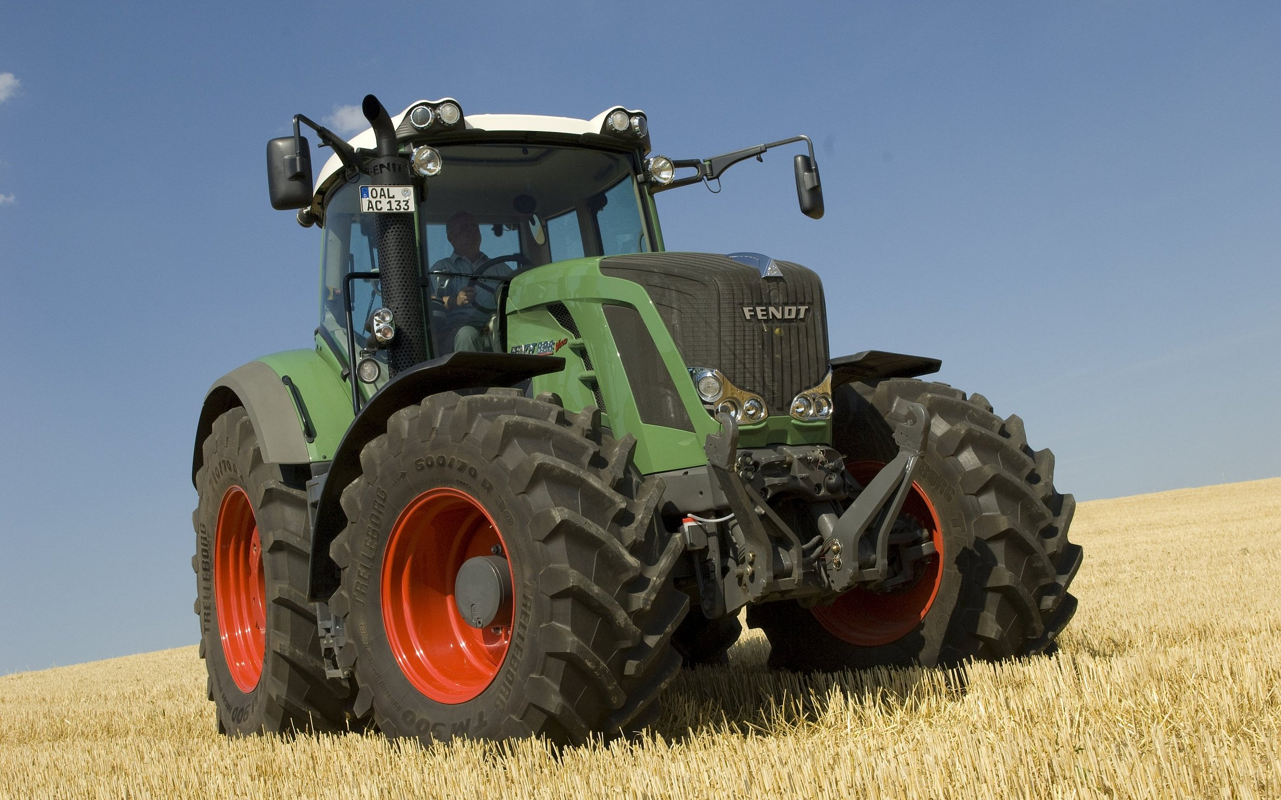 4 Fendt Tractor HD Wallpapers Background Images 2560x1600
