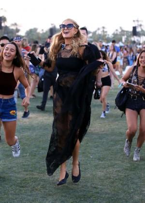 Paris Hilton   Coachella Valley Music and Arts Festival 300x420