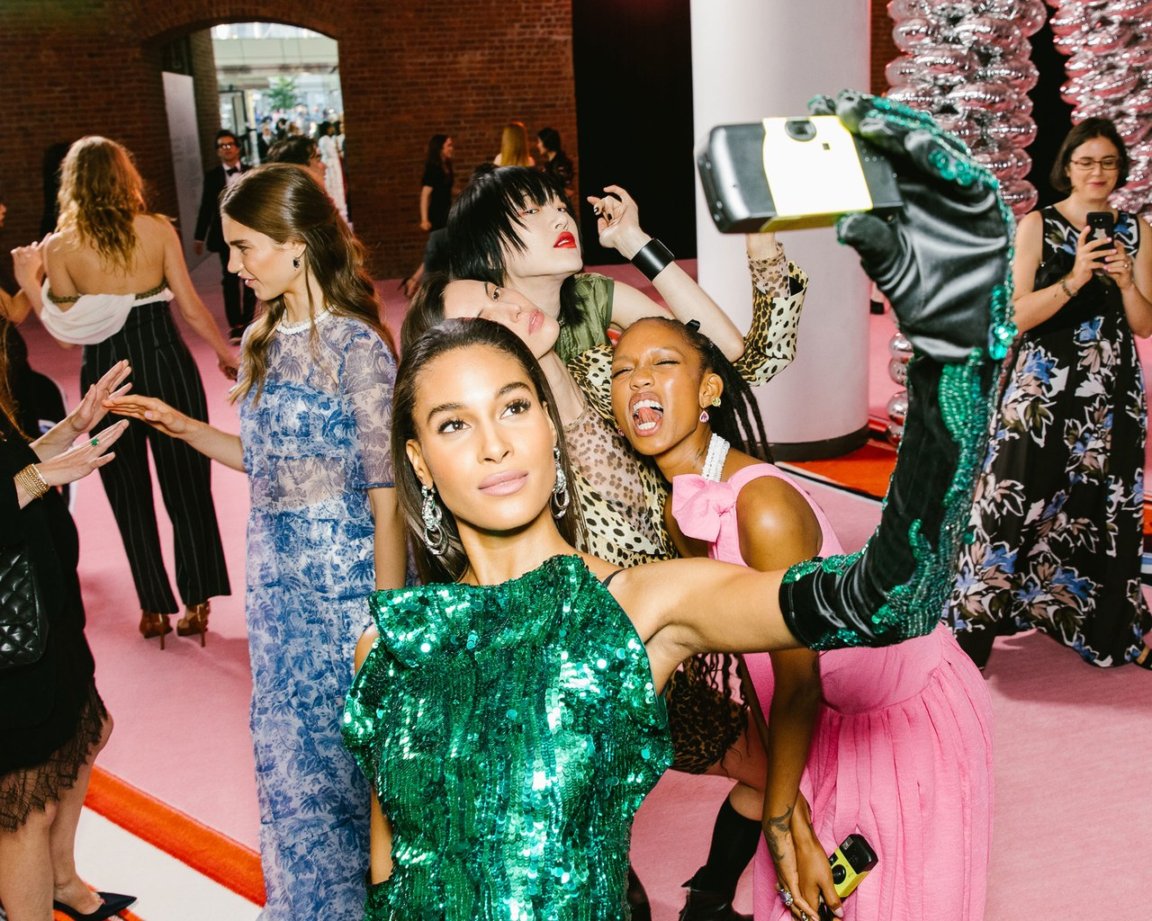 The Disposable Camera Is the Next It Girl Accessory Vogue 1280x1024