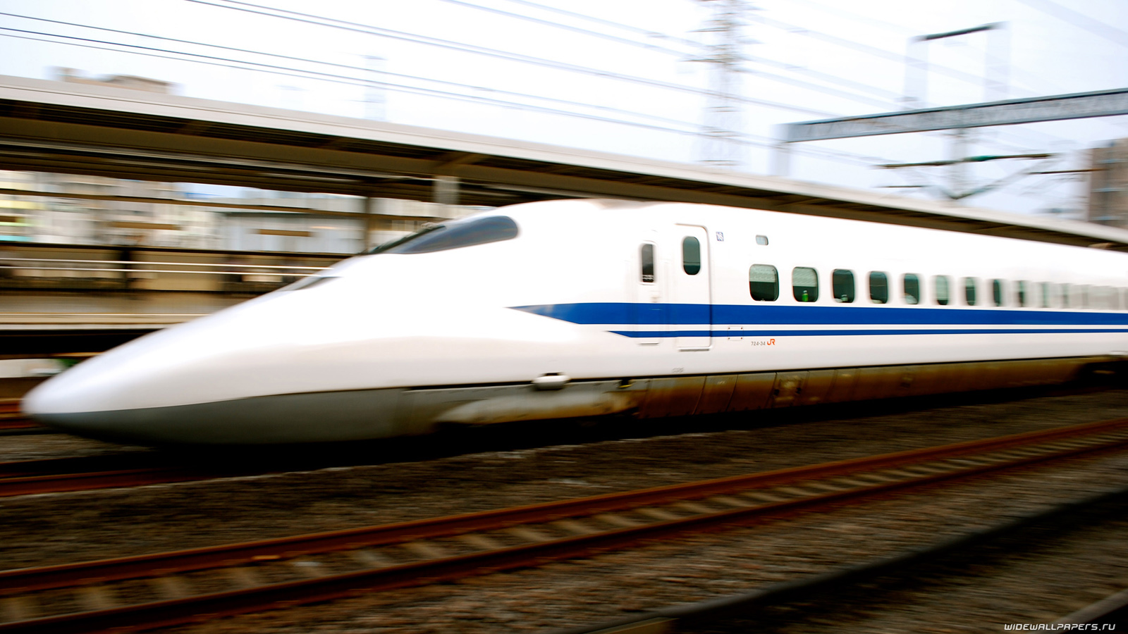 Japan High speed trains desktop wallpapers HD and wide 1600x900