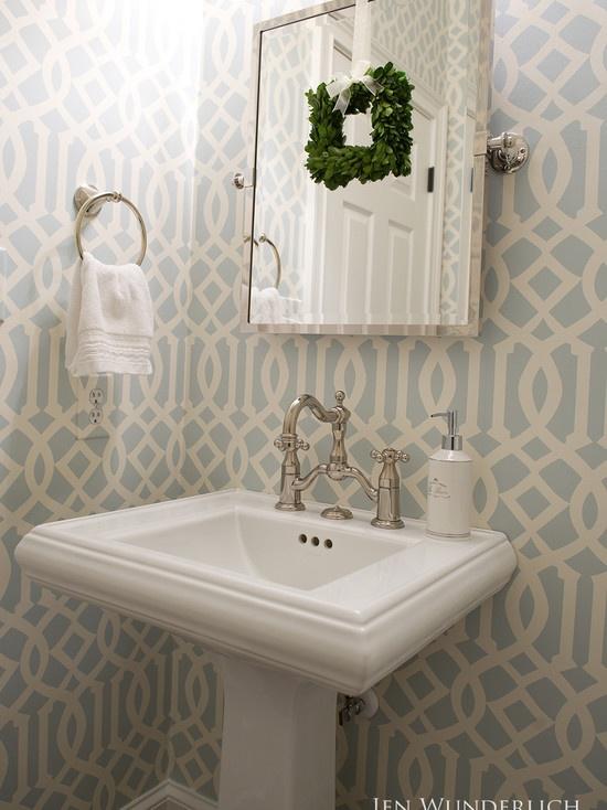 Trellis wallpaper Remodel Pinterest 550x734