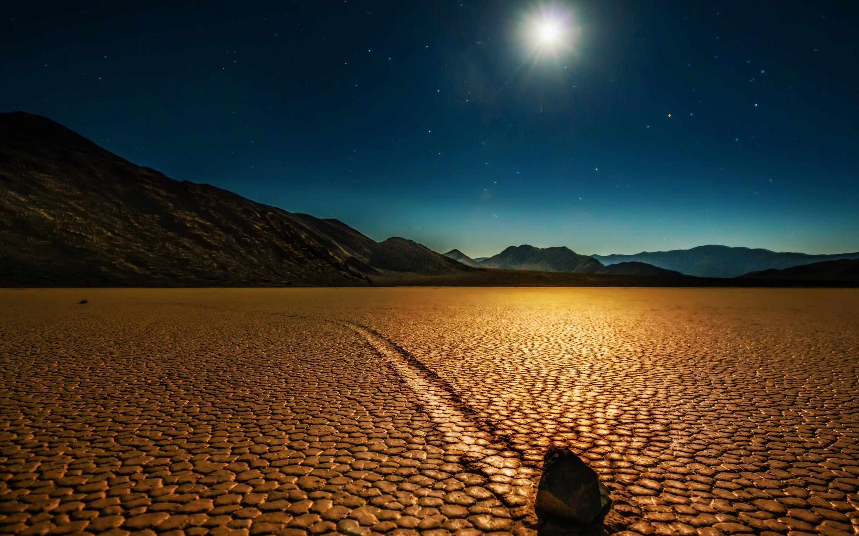 In The Desert Mac Wallpaper Download Mac Wallpapers Download 2880x1800