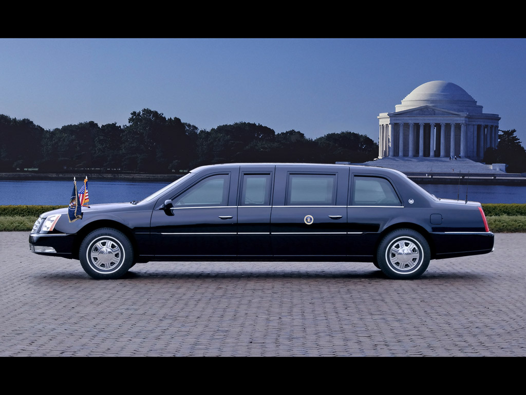 2006 Cadillac DTS Presidential Limousine   Side   Jefferson 1024x768