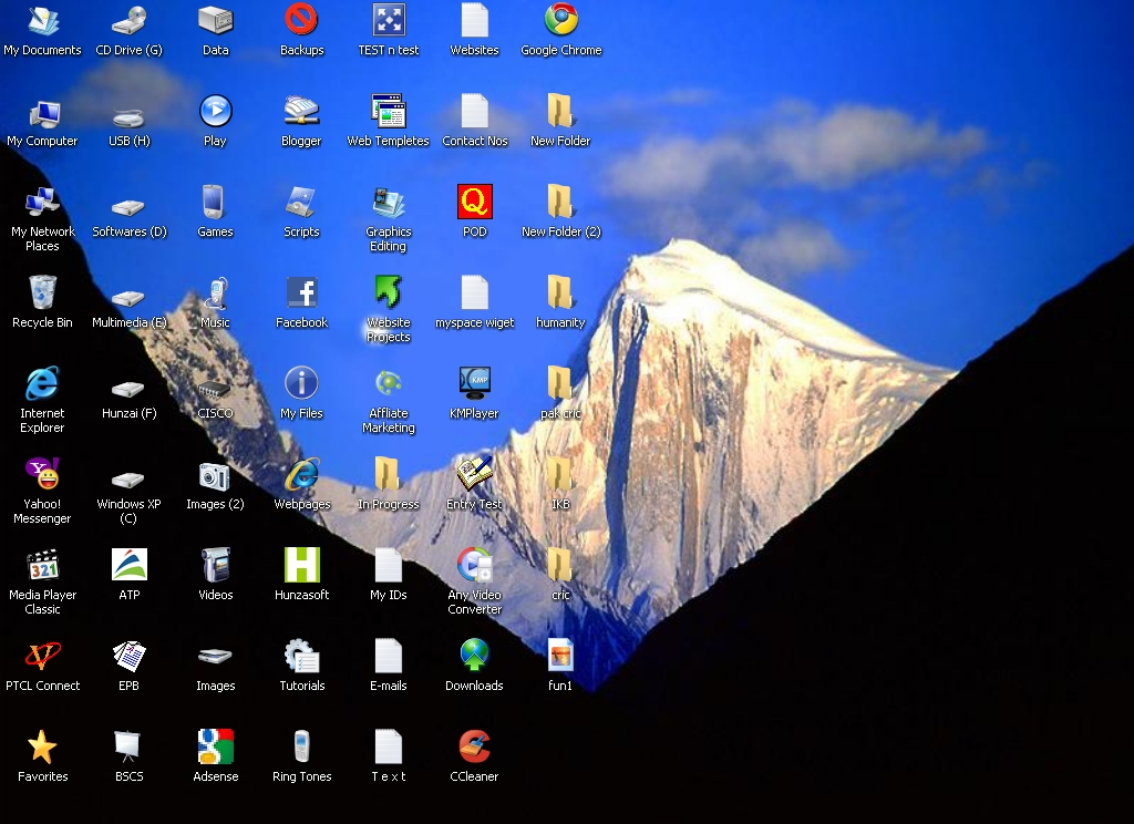 have just found some funny desktop wallpapers from my old hard disk 1024x744