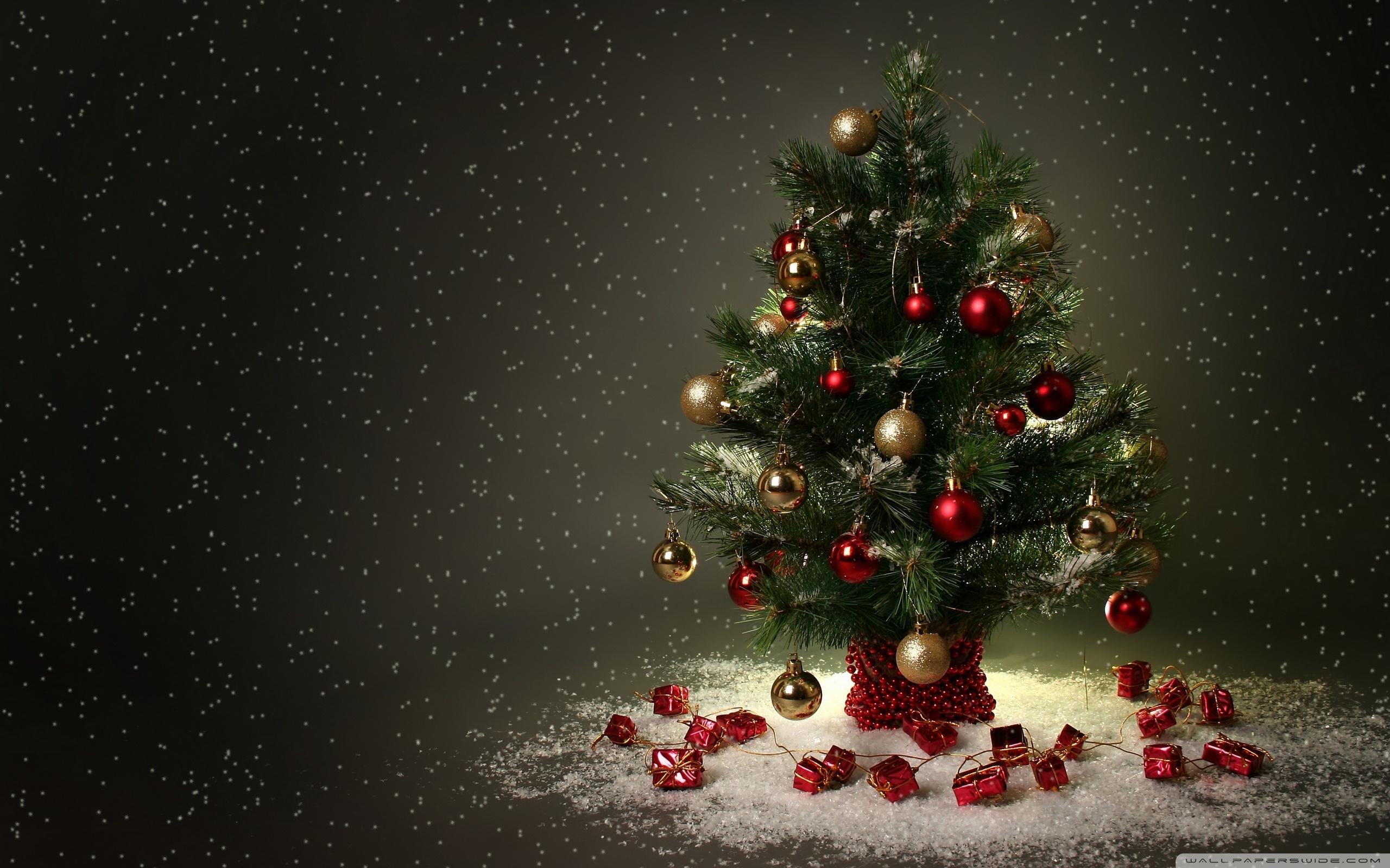 56 Christmas Tree Desktop Wallpaper On Wallpapersafari