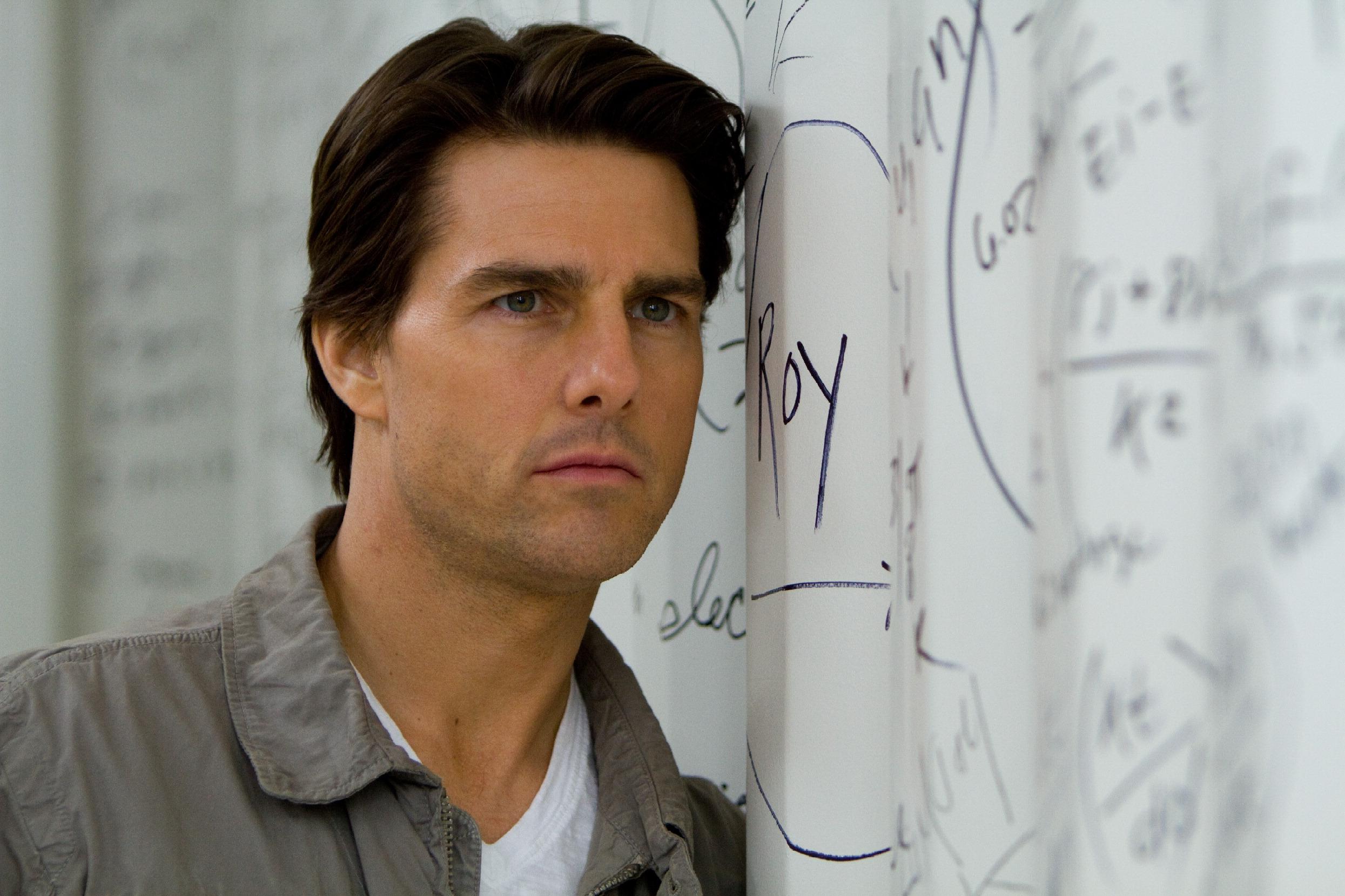 Tom Cruise HD Desktop Wallpapers 2490x1660