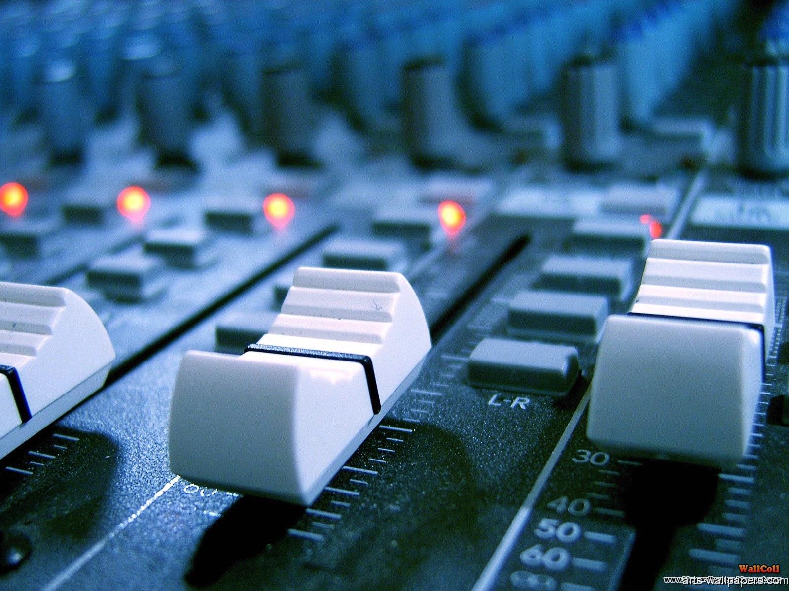 HD DJ Wallpapers DJ Wallpapers Desktop Pictures 1600x1200