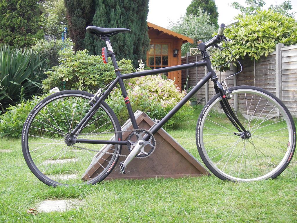 converting mountain bike to road bike triathlon  HD Photo Wallpaper 1024x768
