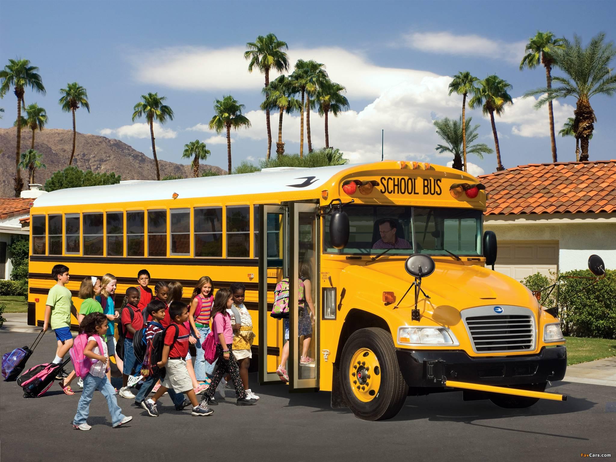 School Bus Wallpapers 2048x1536