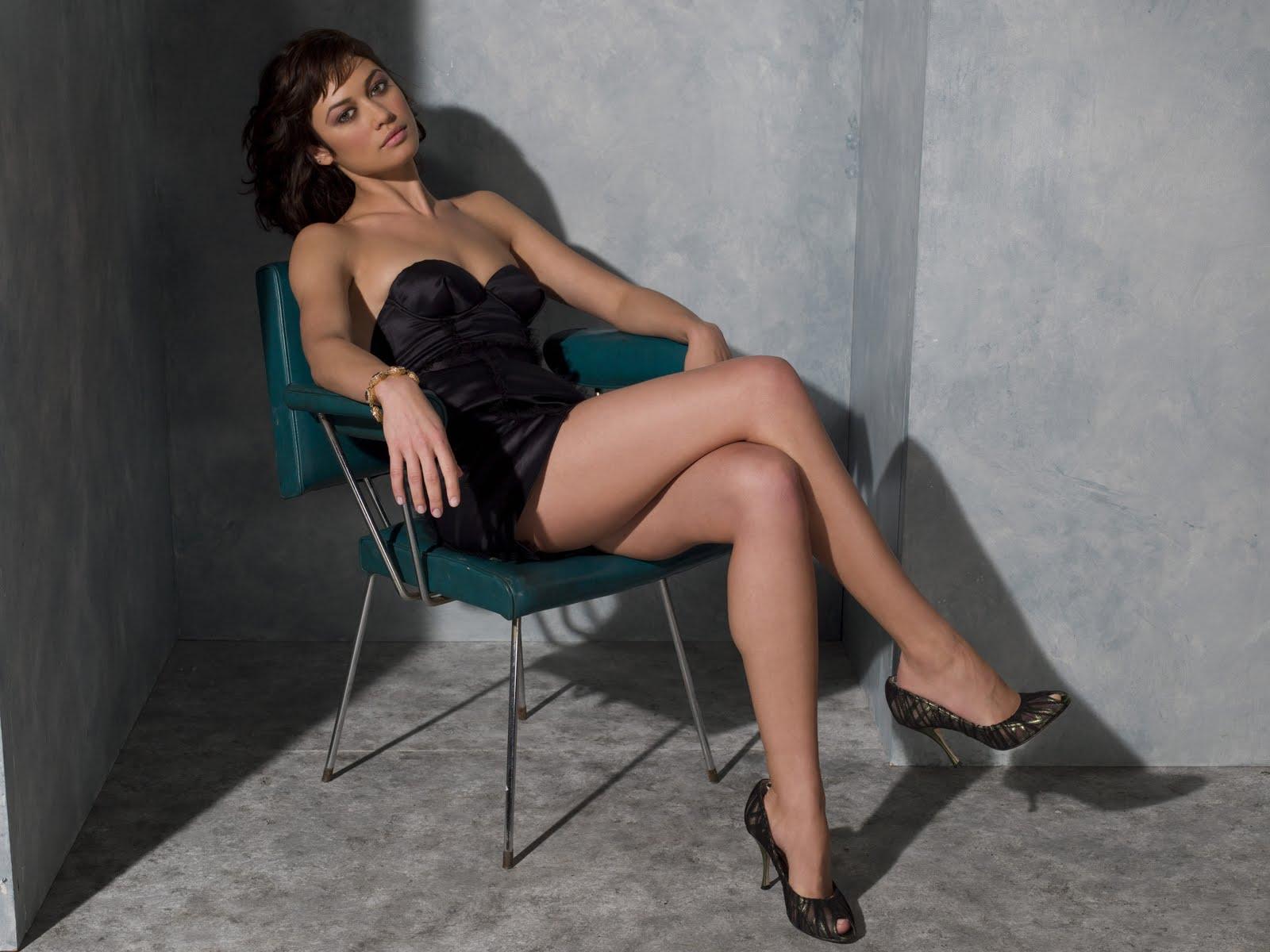 Olga Kurylenko legs 1600x1200