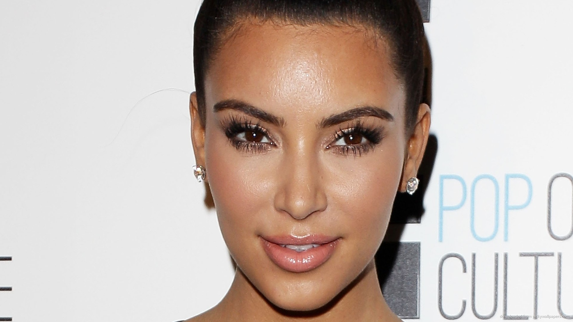 Kim Kardashian Knot Picture For iPhone Blackberry iPad Kim 1920x1080