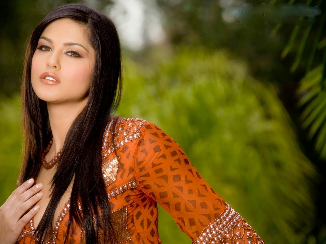leone wallpapers sunny leone hq wallpapers sunny leone wallpapers 1280x960