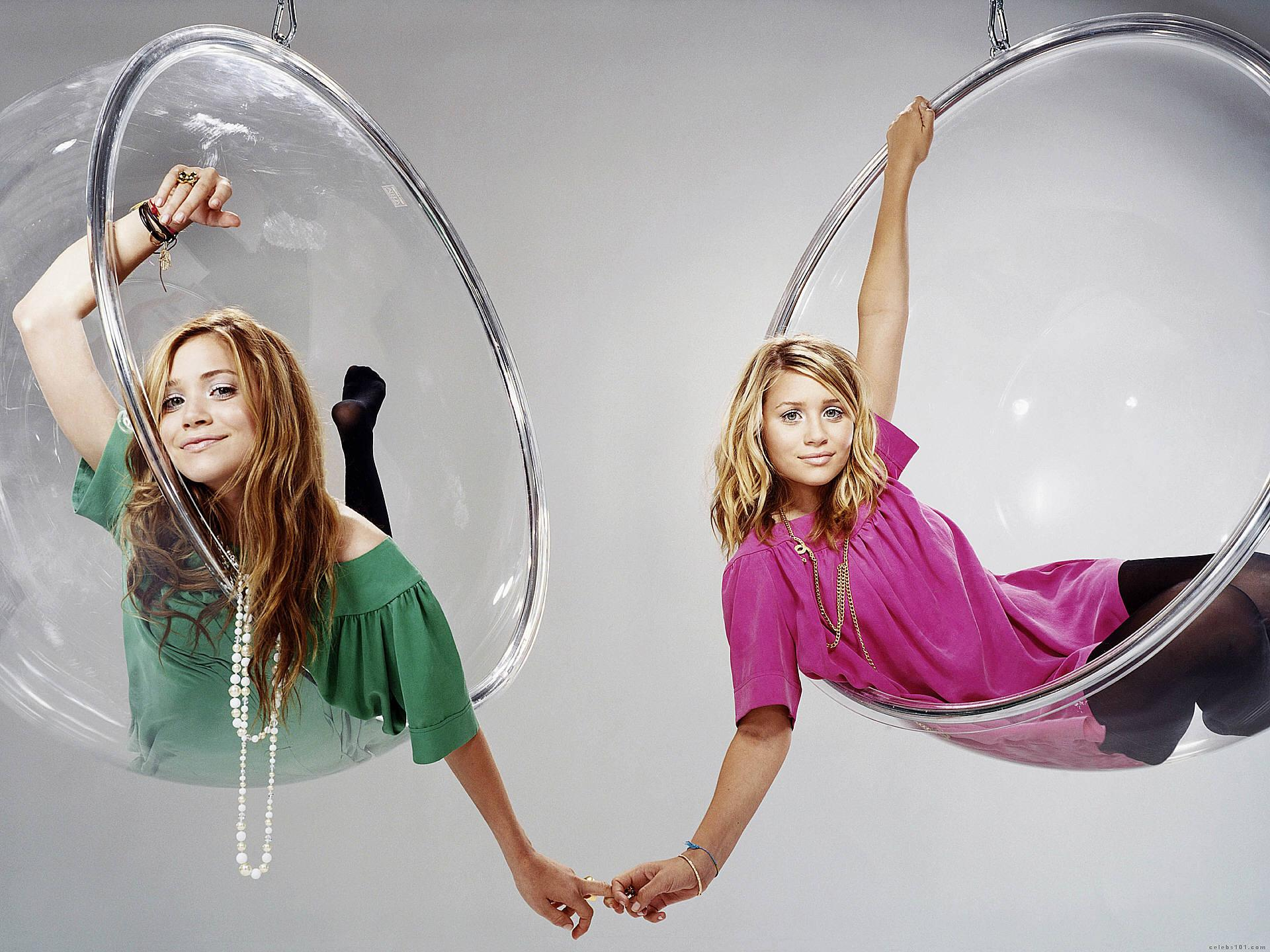 Olsen Twins High quality wallpaper size 1920x1440 of Olsen Twins 1920x1440