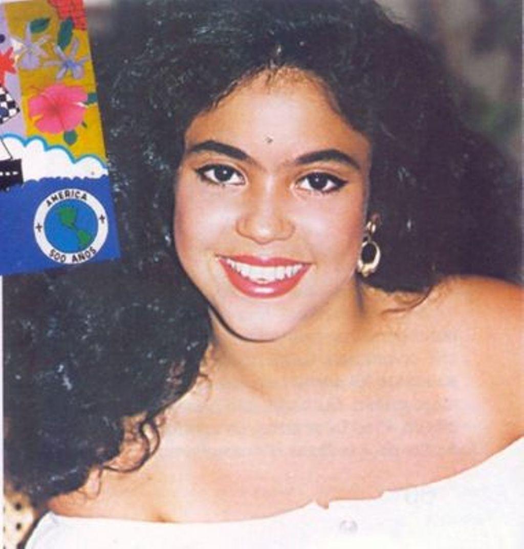 Shakira young   Shakira 16991004   Page 2 1024x1072