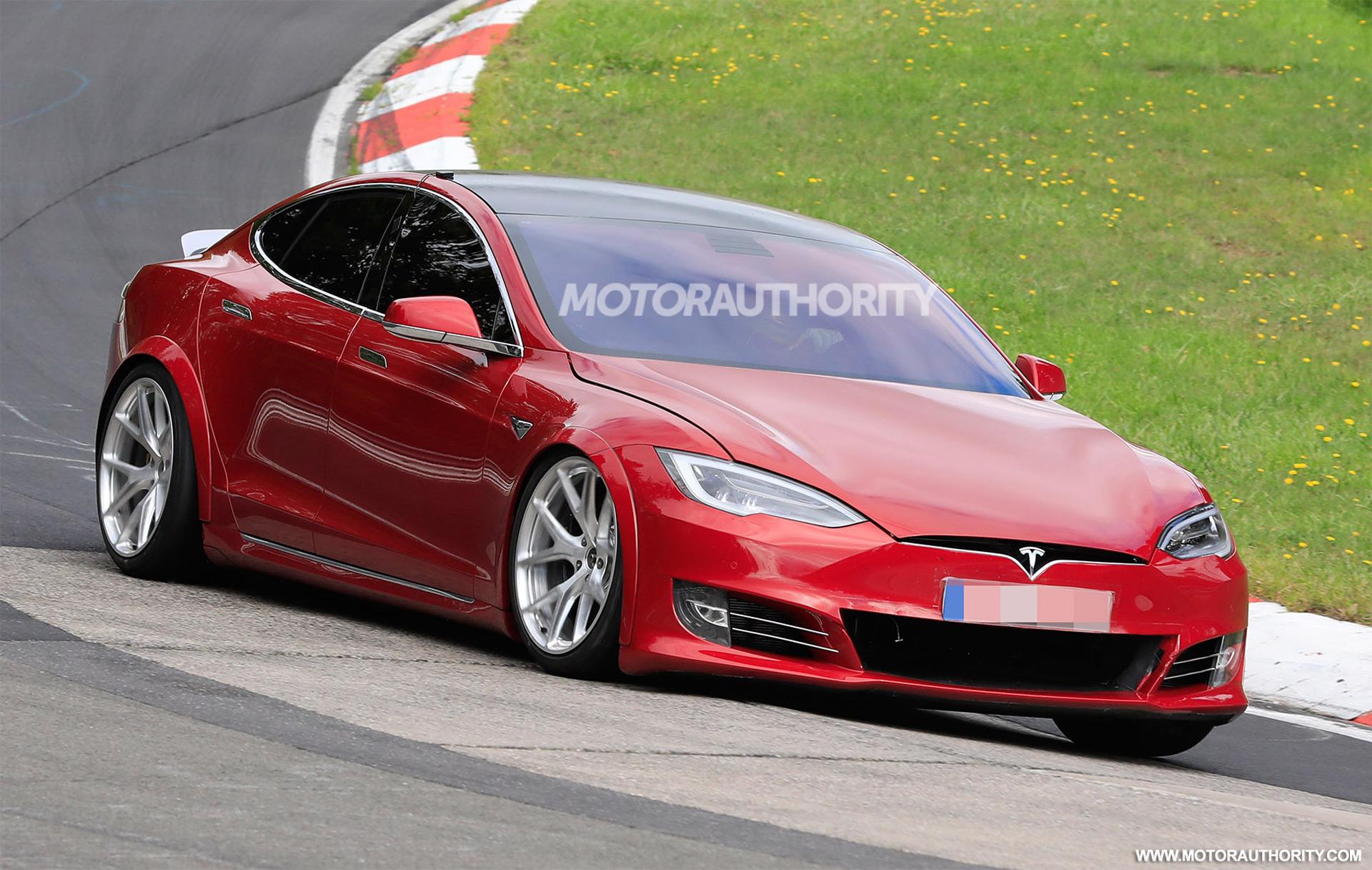 Tesla Model S Plaid spied at the Nurburgring 1920x1217