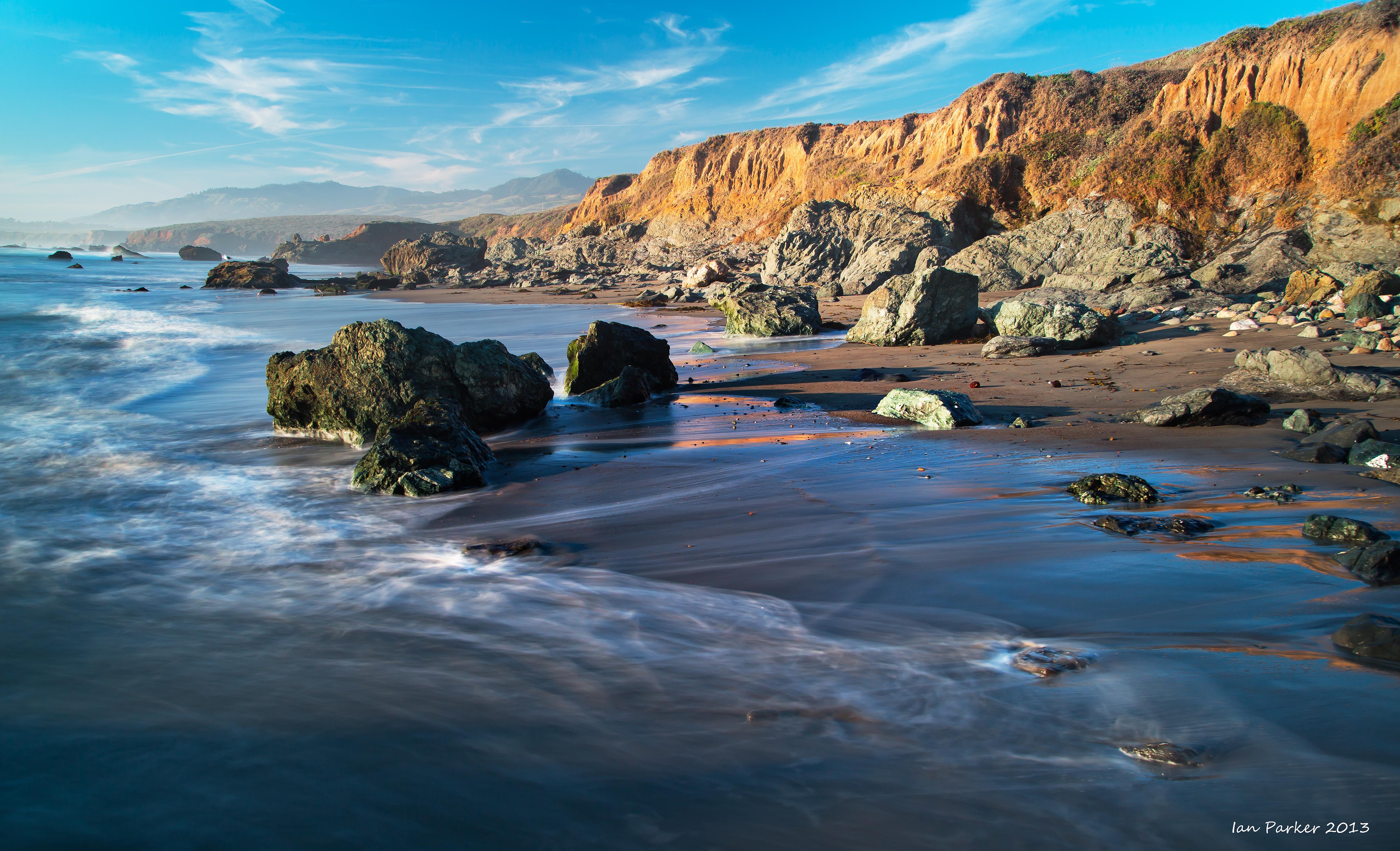Evanescent Light California Coast 5504x3345