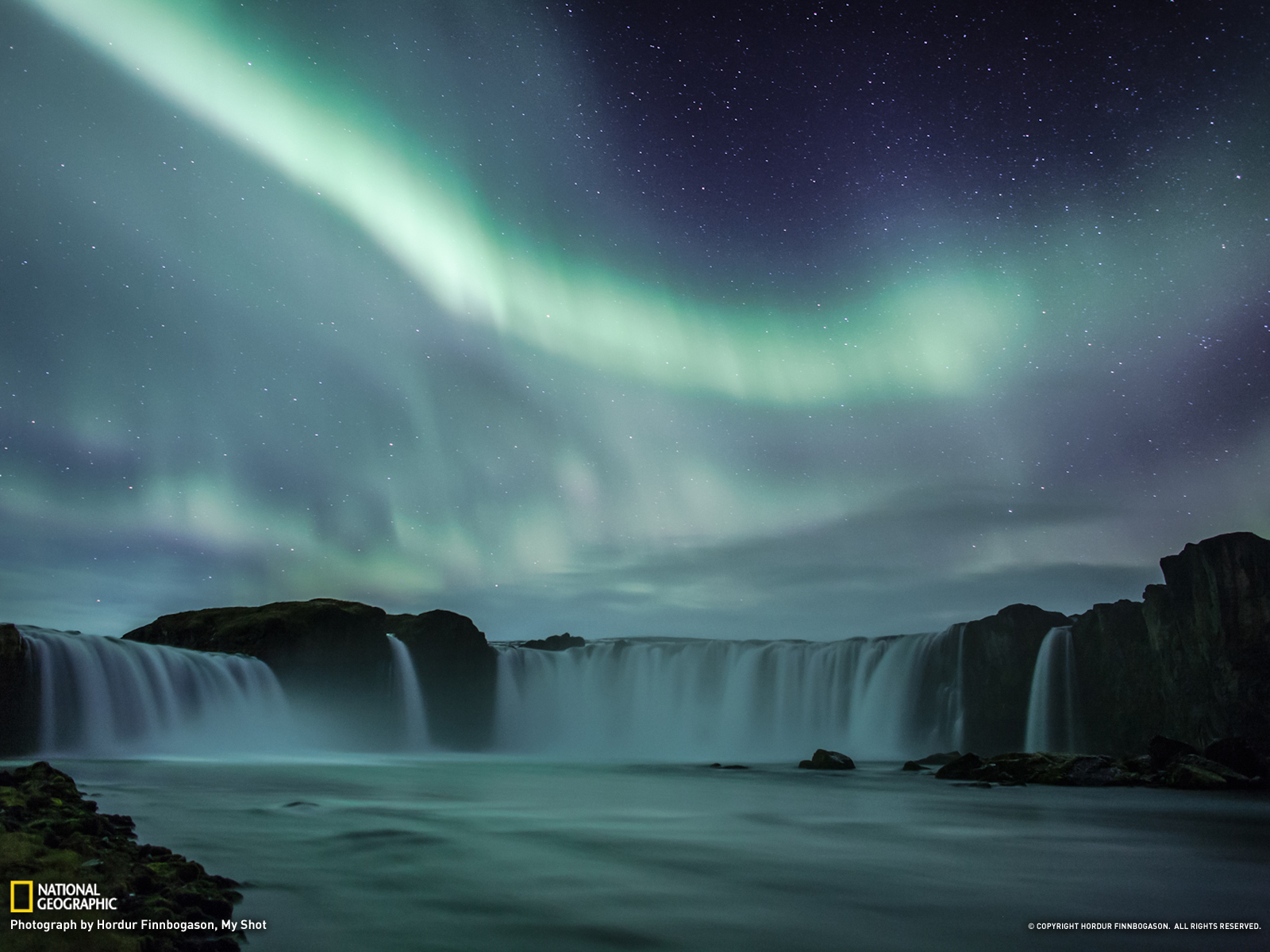 Aurora Picture    Landscape Wallpaper    National Geographic Photo of 1600x1200