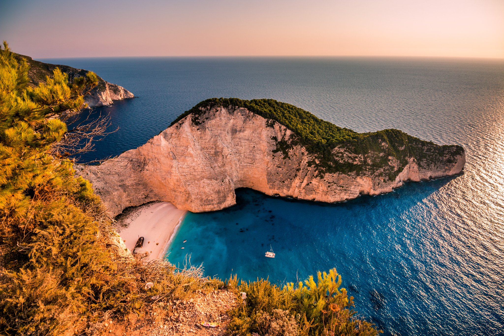 Another Picture of Navagio Beach in Zakynthos Greece HD wallpaper 2048x1365